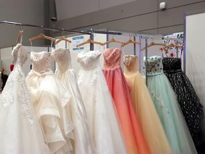 ハナユメブライダルフェスタのドレス試着体験