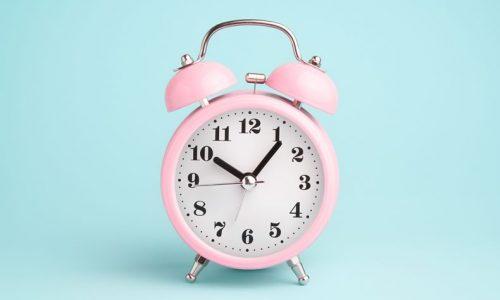 ピンクの時計